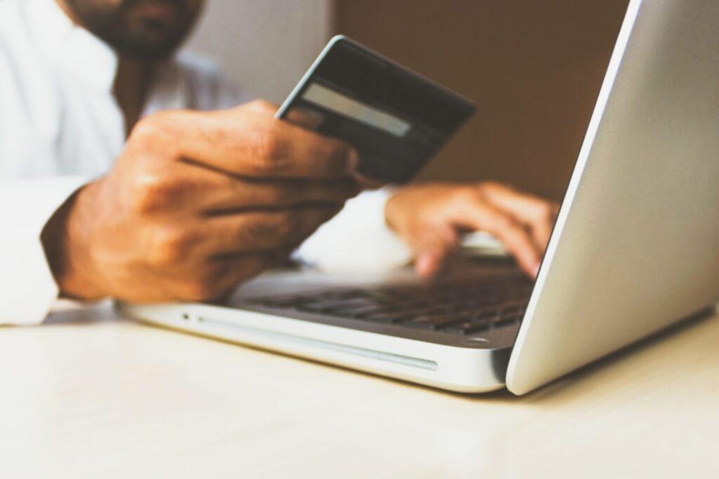 оплата, данные клиента, электронная коммерция